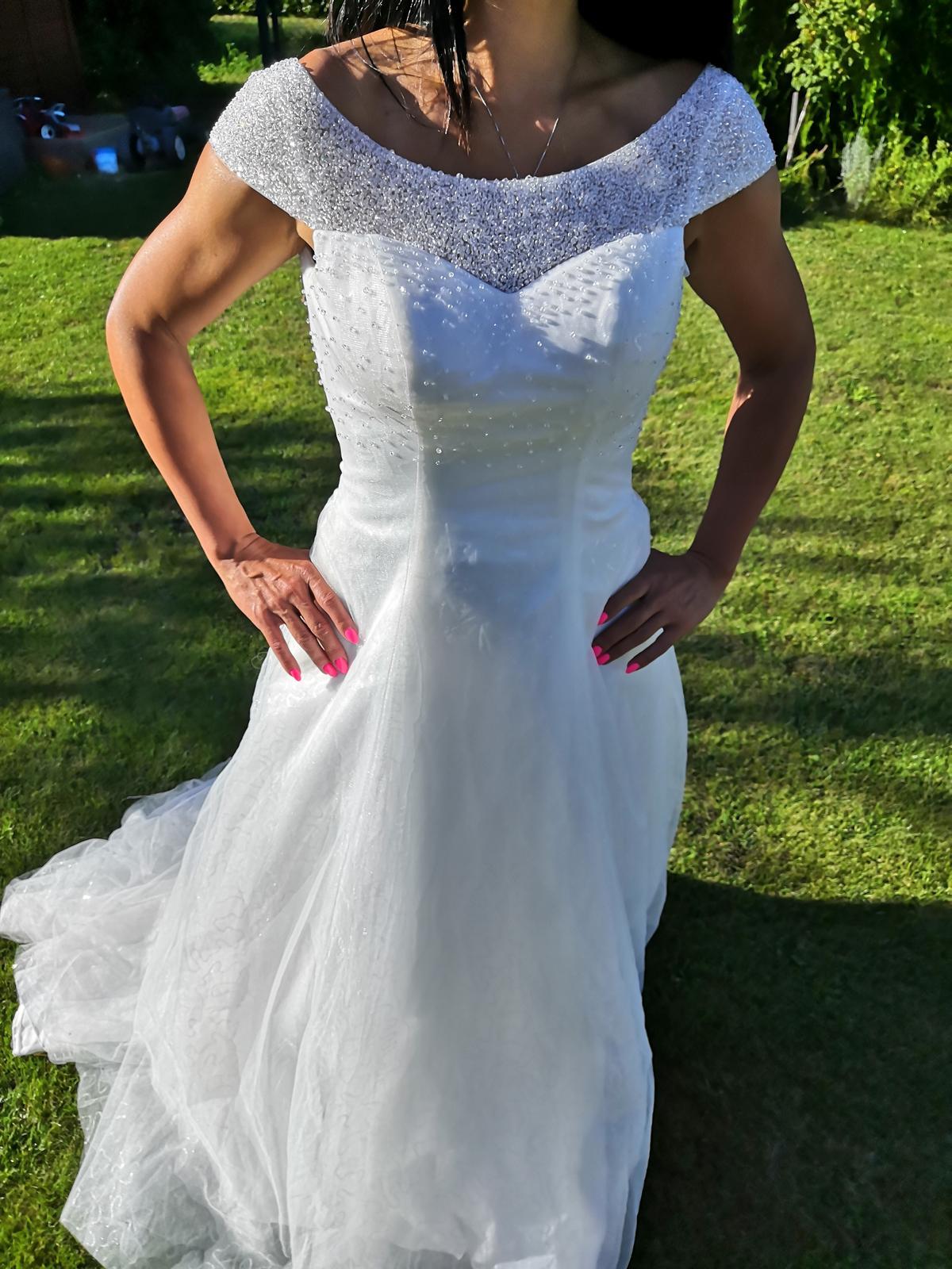 Nové svatební šaty č. 4 - Obrázek č. 1