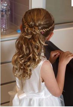 Wedding stuff - flowergirl hairstyle