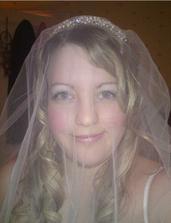 tiara 1 with veil