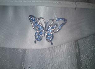 brooch to tie in with blue butterfly theme on flowergirl dress
