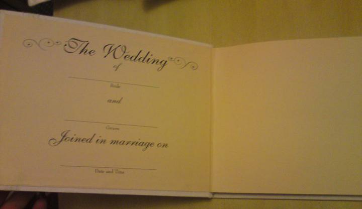 Wedding stuff - guest book