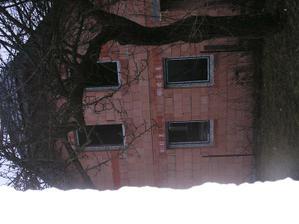 Bočná -južná strana - osadené okná