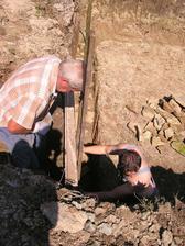 Takto sme ukladali kamene pod beton