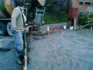 Betonovanie 1. nadzemneho podlažia - pivnice