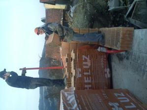 Náš hlavný murár Miro