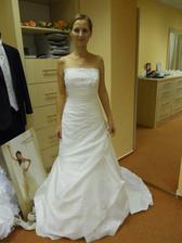...šaty....
