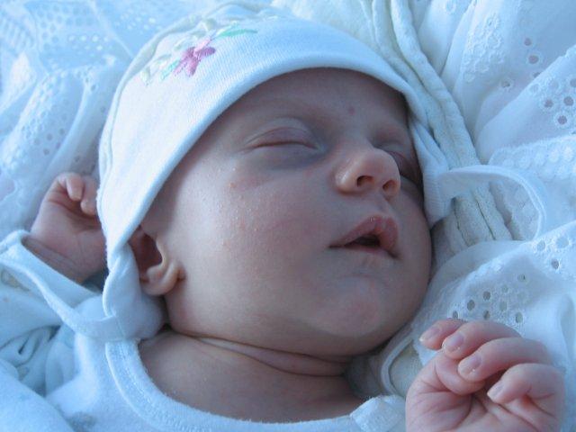 Baška a Jarko........14.6.2008 - Naša dcérka Alžbetka, keď mala 3 mesiace