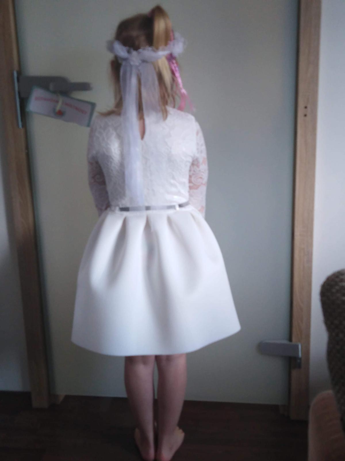 Šaty s visačkou - Obrázek č. 2