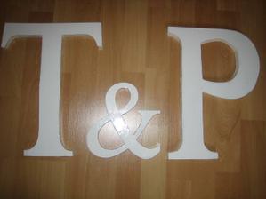 dřevěné písmenka na focení