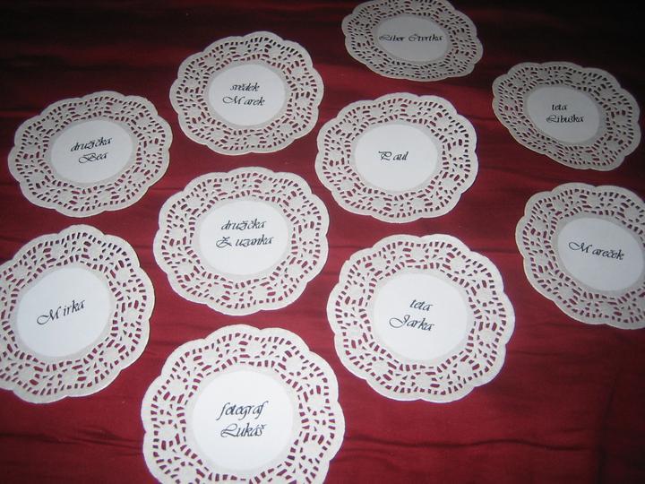 Co už máme :-) - jmenovky na svatební tabuli