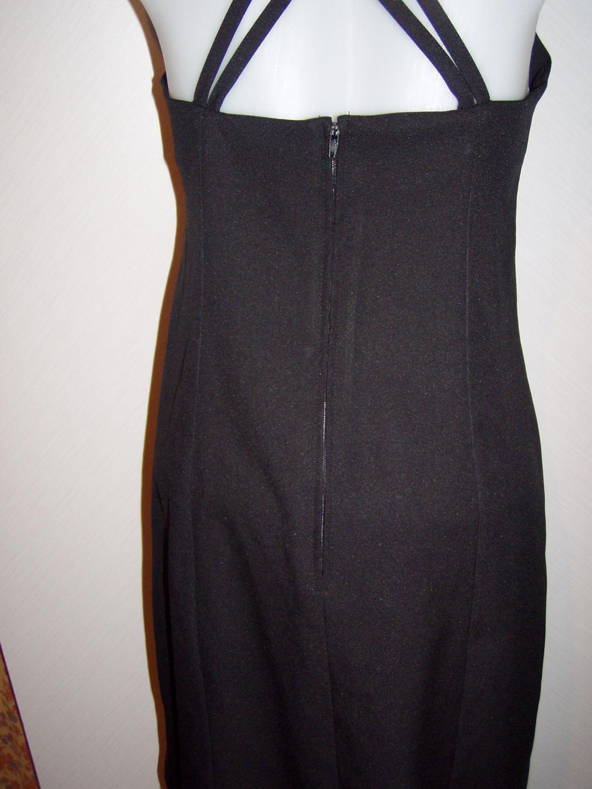 čierne koktejlové šaty na prekrížené ramienka veľ, - Obrázok č. 3