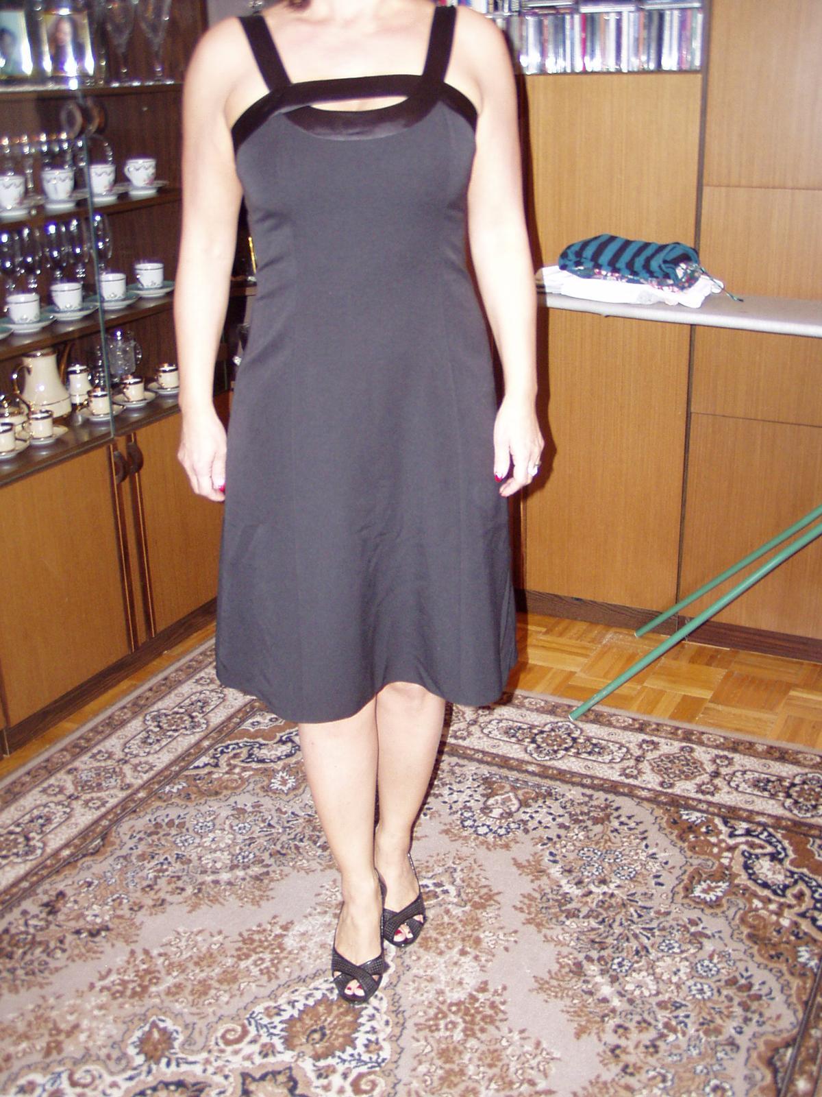 čierne spoločenské šaty Chantal veľ. 40 - Obrázok č. 1