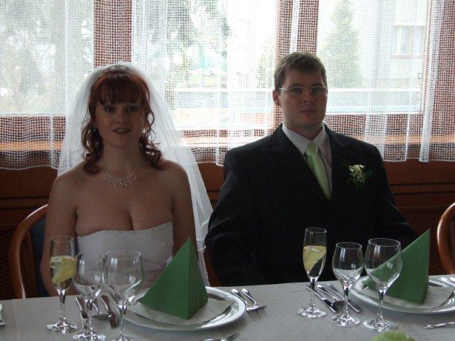 Jana{{_AND_}}Tom - svatba zeleno-bílá