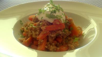 Marocký mrkvový salát s pohankou - za půl hodiny na stole :)