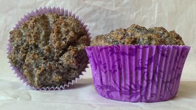 Makové muffiny se sušenými švestkami - bezlepkové :)