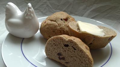 Hot cross buns - anglické (nejen velikonoční) pečivo - letos bez kříže :)