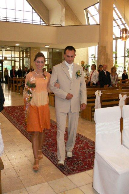 Silvia{{_AND_}}Marek - Drahy prichadza k oltaru