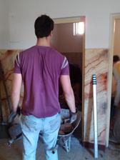 Vyberanie stareho betonu