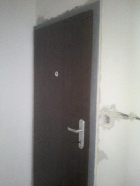Moj bytik :))) - konecne nove dvere