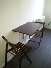 konecne aj kuchynsky stol :)