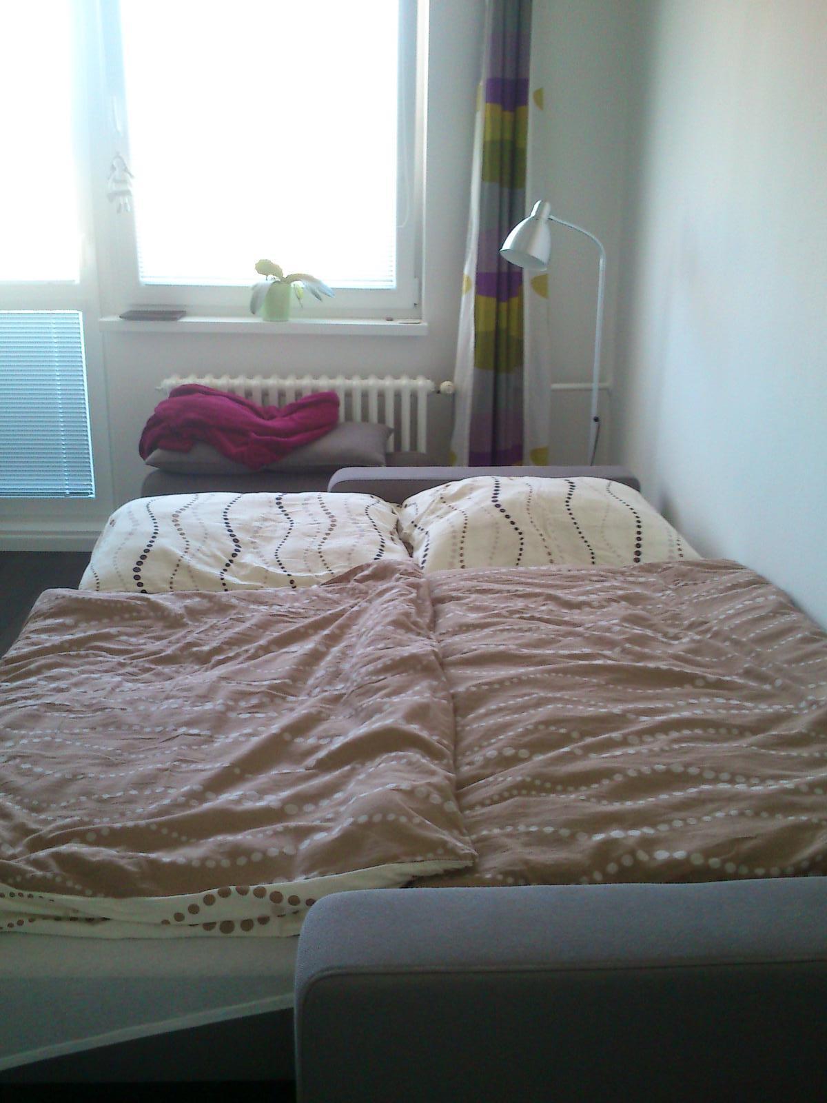 Moj bytik :))) - sedacka ako postel