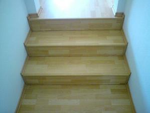 schody v chodbičke