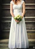 Jednoduché svatební šaty , 40