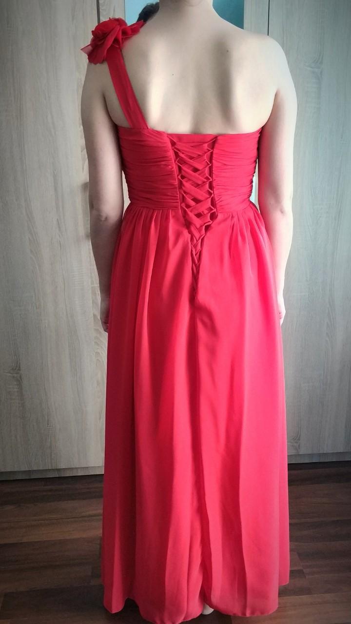Červené šaty so šnurovačkou - Obrázok č. 2