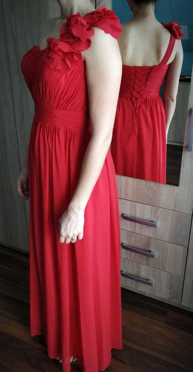 Červené šaty so šnurovačkou - Obrázok č. 3