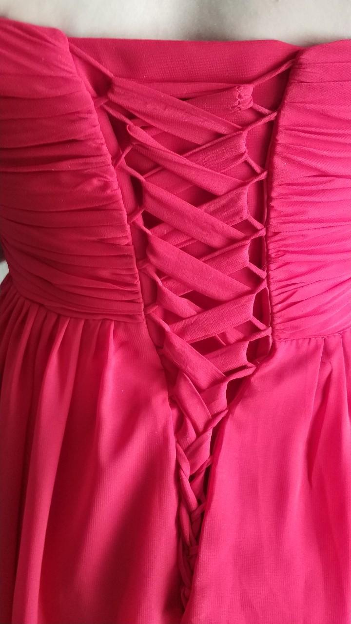 Červené šaty so šnurovačkou - Obrázok č. 4