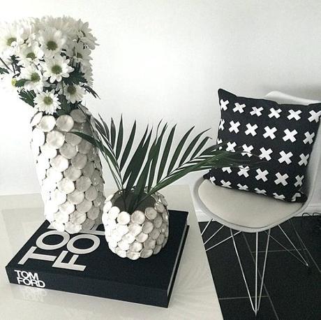 Váza Dot bílá - Obrázek č. 3
