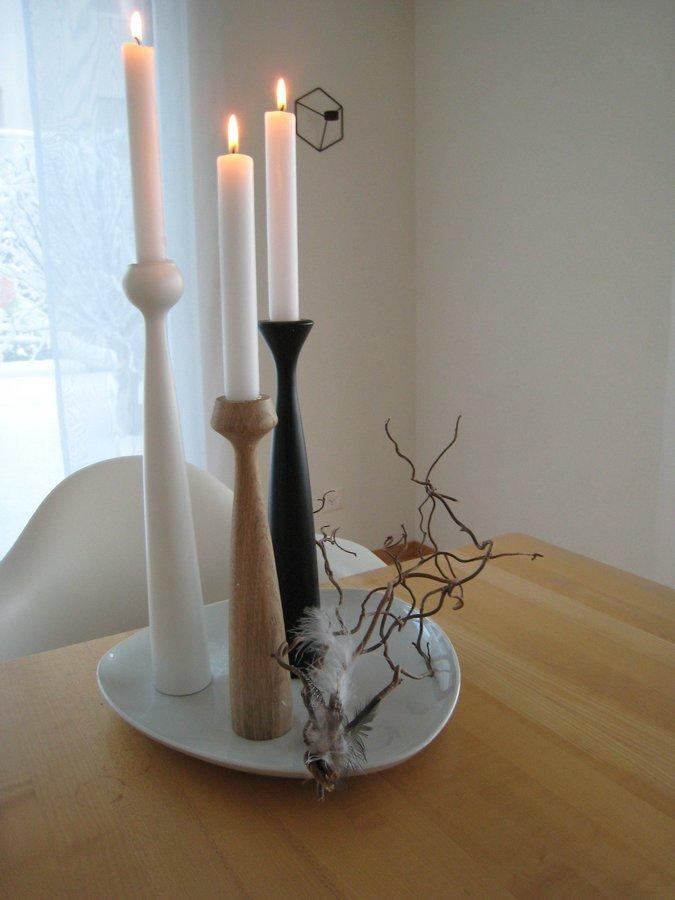 Svícen Blossom Lily - Oak (značka Applicata) - Obrázek č. 3