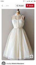 Moja šikovná svokricka mi šije tieto popolnocne šaty :-)