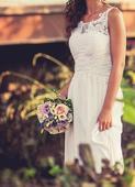 krajkové šaty - zdobené francouzskou krajkou, 34