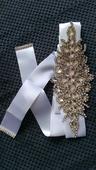 biely stuhový opasok na svadobné šaty,