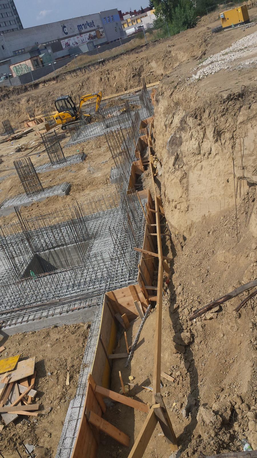 Stavba pokračuje. - Obrázok č. 4
