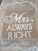 Označenie stoličiek Mrs a Mr,