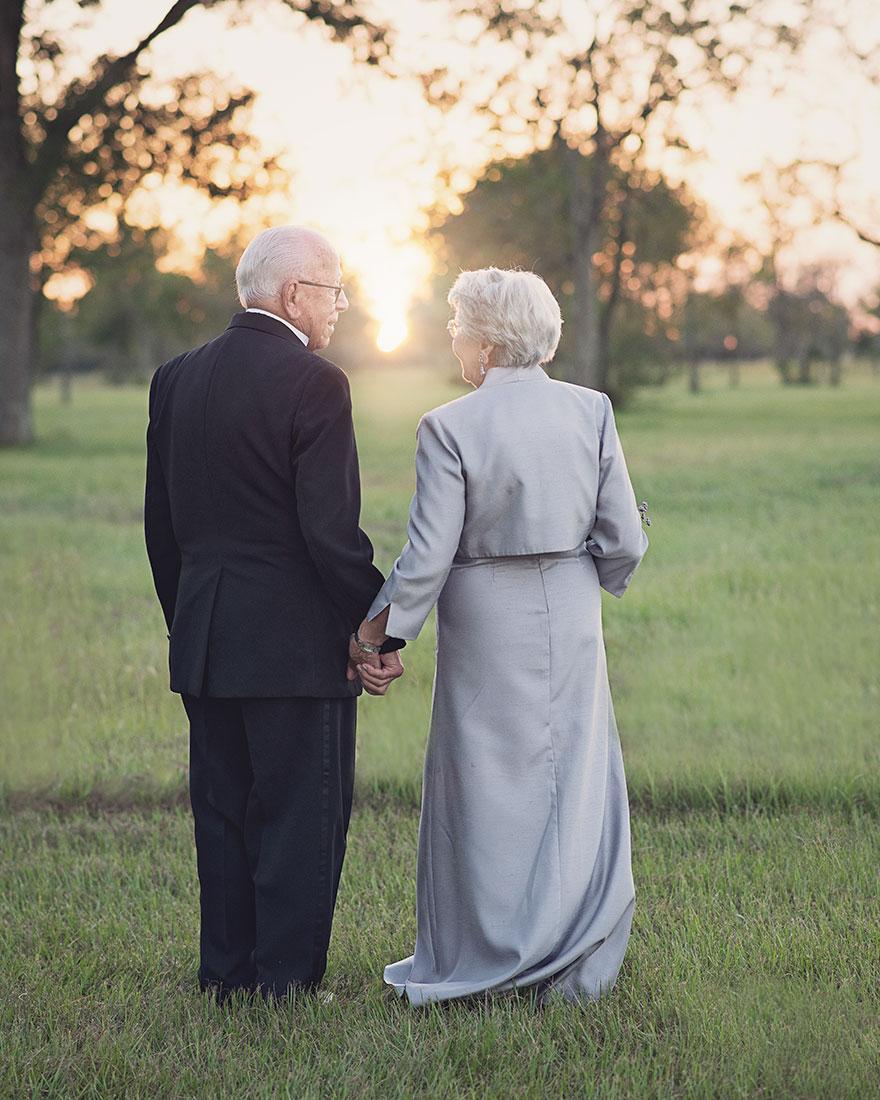 Táto dvojica čakala na svoje svadobné fotky 70 rokov - Obrázok č. 7