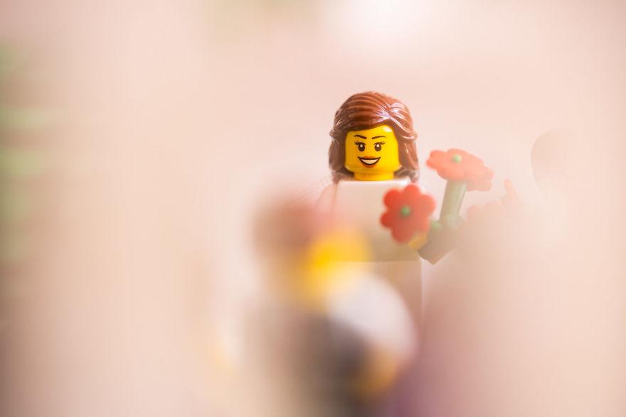 Fotograf počas pandémie vytvoril svadobné fotky vďaka stavebnici LEGO - Obrázok č. 10