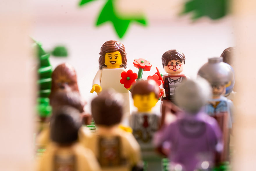 Fotograf počas pandémie vytvoril svadobné fotky vďaka stavebnici LEGO - Obrázok č. 11