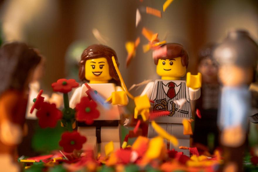Fotograf počas pandémie vytvoril svadobné fotky vďaka stavebnici LEGO - Obrázok č. 13