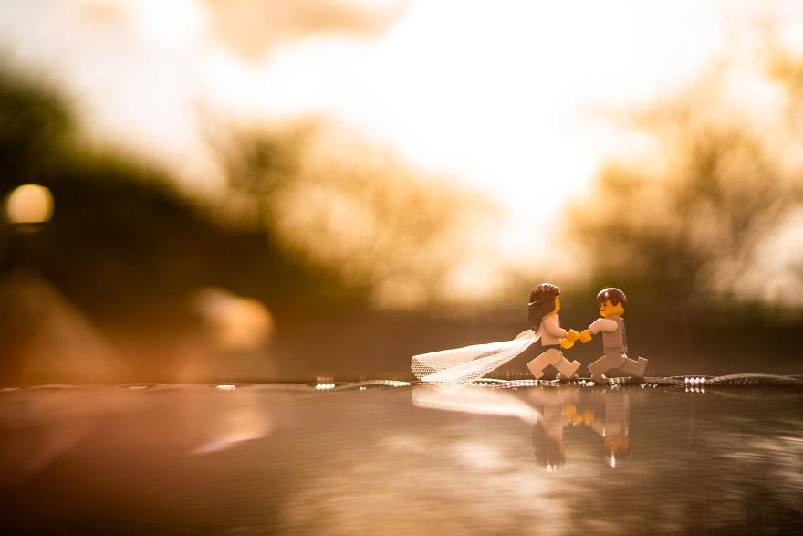 Fotograf počas pandémie vytvoril svadobné fotky vďaka stavebnici LEGO - Obrázok č. 18