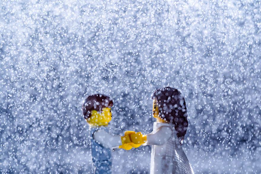 Fotograf počas pandémie vytvoril svadobné fotky vďaka stavebnici LEGO - Obrázok č. 21