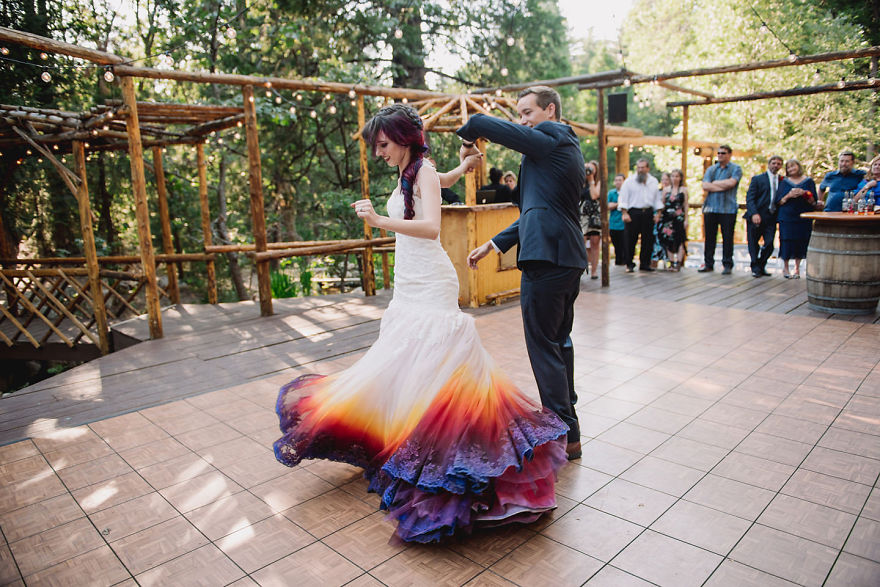 Nádherné šaty od Taylor Ann Linko - Obrázok č. 2