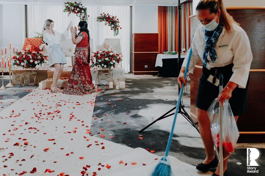 25 najlepších svadobných fotografií zachytených počas pandémie - Obrázok č. 2