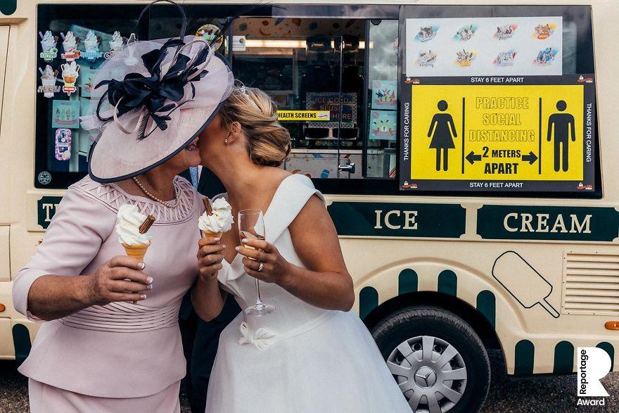 25 najlepších svadobných fotografií zachytených počas pandémie - Obrázok č. 3