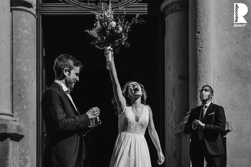 25 najlepších svadobných fotografií zachytených počas pandémie - Obrázok č. 24