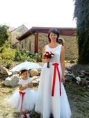 Svatební sukně a krajkové triko, 40