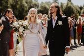 Svatební šaty od módní návrhářky Terezy Sabáčkové, 36