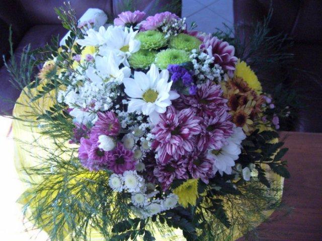Kyticka od manzelika - Slubena kyticka- z Timea kvetinarstva